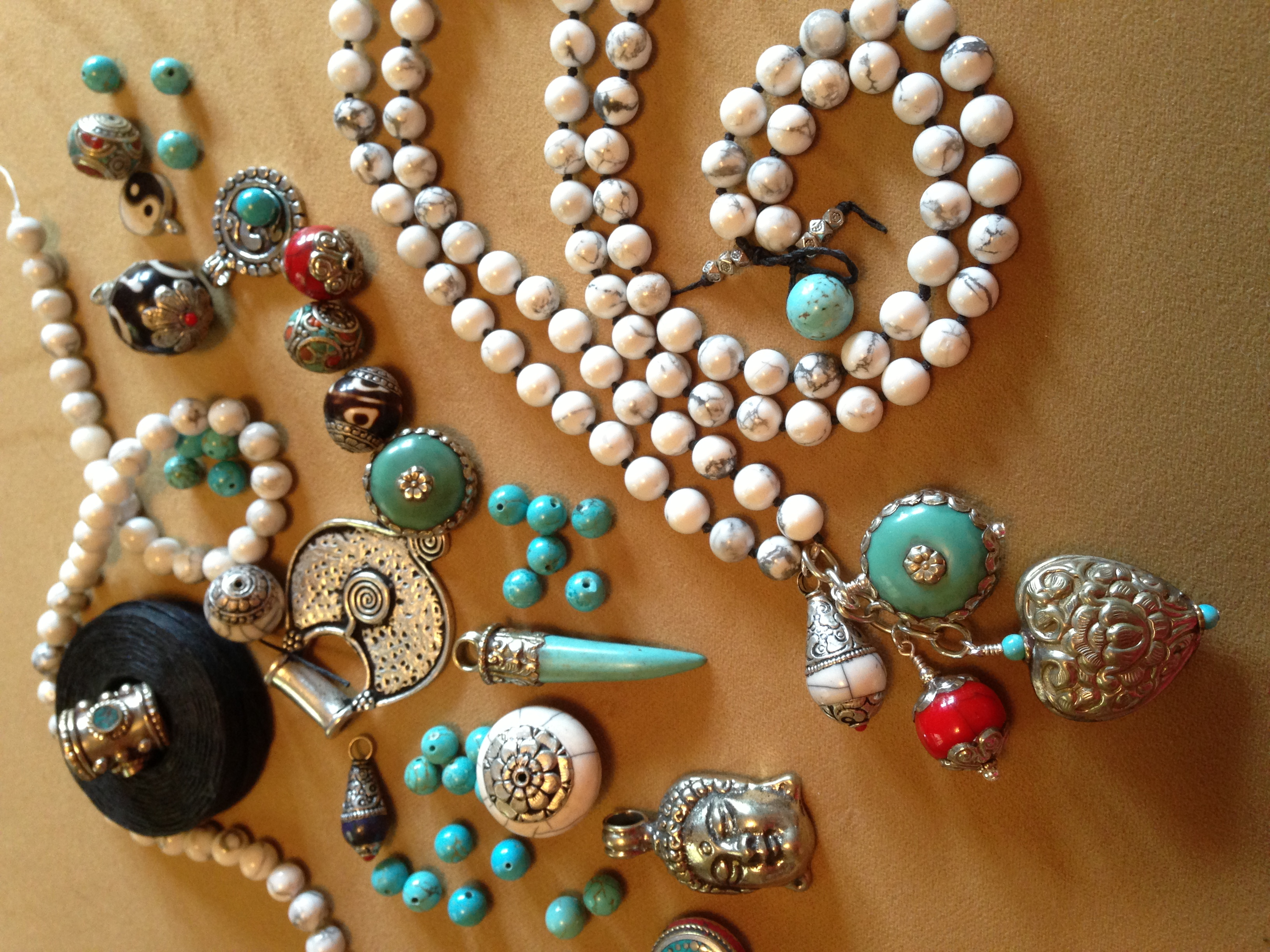Accountant Turned Jewelry Artist to have Trunk Show at Sasha's